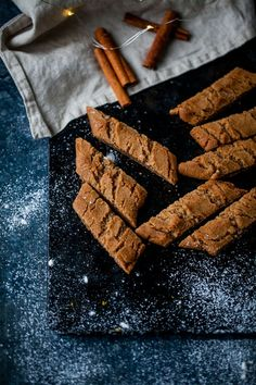 Baking Recipes, Cookie Recipes, Snack Recipes, Dessert Recipes, Xmas Food, Christmas Baking, Easy Desserts, Delicious Desserts, Something Sweet