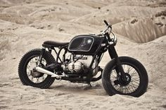 ZADIG MC BMW R60-6 JOHNNY CASH #motorcycles #bratstyle #motos | caferacerpasion.com