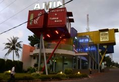 AMIN Library in Indonesia is made out of shipping containers. (Photo: Daily Mail)