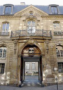 Le Marais - Wikipedia, the free encyclopedia