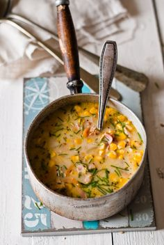 corn soup with bacon and sweet potatoes Soup Recipes, Vegetarian Recipes, Corn Soup, Sweet Potato Soup, Looks Yummy, Recipe For 4, Soups And Stews, Bacon, Good Food
