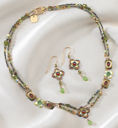 - Royal Courtship Jewelry