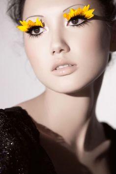 Mmm. Gorgeous DIY flower petal eyelashes!