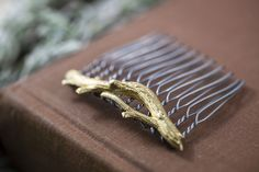 """Sturdy Branch"" Hair Comb"
