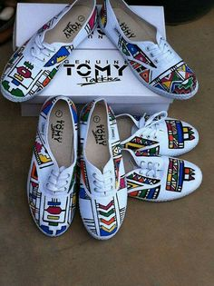 ✩ Check out this list of creative present ideas for people who are into photograhpy African Dress Patterns, African Wedding Dress, African Dresses For Women, African Print Dresses, African Attire, African Fashion Dresses, Xhosa Attire, Zulu Traditional Attire, South African Traditional Dresses