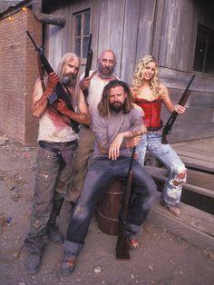 FanBacked - rob zombie - creepy clowns - 31 - art - devil's rejects - sheri moon zombie - sid haig - captain spaulding