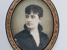 Cavalcanti, Viscondessa de ; Amélia Machado de Coelho e Castro