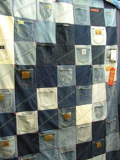 Take a look at the best denim quilt in the photos below and get ideas for your own outfits! Use the boys' old jeans, shirts, and pjs to make a weathered quilt like this. Patchwork Quilting, Rag Quilt, Quilting Fabric, Jean Crafts, Denim Crafts, Quilting Projects, Sewing Projects, Blue Jean Quilts, Denim Quilts