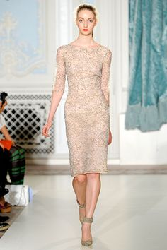 Erdem S12 Merely a different lace from the dress Kate Middleton arrived in Canada in, but beautiful nonetheless