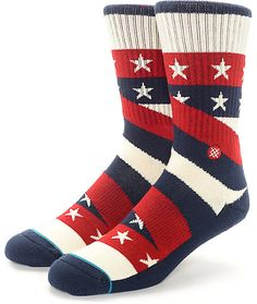 Start prepping for the best holiday around with these Contender Americana crew socks by Stance. Red white and blue stripes are combined with white stars on these great fitting and cushioned socks to make one ultimate pair of patriotic socks!