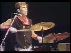 1981: The Stray Cats: Rock This Town