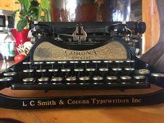 Vintage 1930's LC Smith & Corona Typewriter