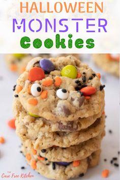 Halloween Cookie Recipes, Halloween Cookies Decorated, Halloween Treats, Holiday Recipes, Easy Halloween Desserts, Halloween Party, Fall Treats, Fall Desserts, Halloween 2020