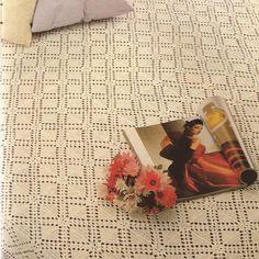 Patrón Colcha con motivos cuadrados a Crochet. Manta Crochet, Pinterest Board, Squares, Bed Covers, Tutorials, Crocheting, Home