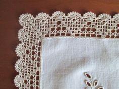 How to Crochet Wave Fan Edging Border Stitch Crochet Edging Patterns, Crochet Lace Edging, Crochet Fabric, Crochet Borders, Filet Crochet, Crochet Doilies, Diy Crafts Vintage, Diy Crafts Crochet, Hardanger Embroidery