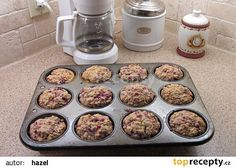Muffins z ovesnych vlocek a ovocem recept - TopRecepty. 20 Min, Dog Bowls, Dog Food Recipes, Clean Eating, Health Fitness, Food And Drink, Baking, Breakfast, Cupcakes