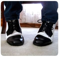 Check out how plain black shoes were painted to look like trendy spectator shoes!