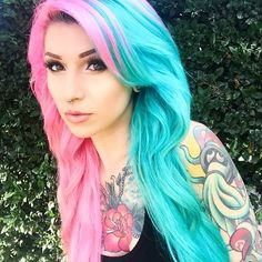 Half punk half turquoise blue dyed hair. If only I were brave enough to bleach my hair.......lts just so beautiful ♡