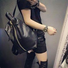 Nite nite everyone. Great start tmrkokusima.de / kokusima.com @kokusimahausofbags  #kokusimahausofbags #keepitgroovy #style #trend #luxus #lifestyle #lifestyleblogger #blogger #fashion #mode #fashionblog #modeblogger #model #bag #tasche #handbag #handtasche #totetasche #shoulderbag #umhängetasche #backpack #beauty #rucksack #clutch #eveningbag #abendtasche #germany #design #love #streetstyle