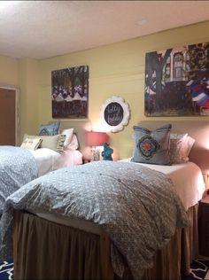 We love this Crosby Corner room design. Dorm Room Closet, Dorm Rooms, Dorm Life, Comforters, Bedroom Decor, Dorm Ideas, Blanket, Bedroom Inspiration, The Originals