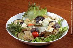Ristorante Famiglia Caliceti di Bologna (almoço)  Salada crocante  Salada de folhas crocantes e shitaki grelhado ao vinagrete de porto e mostarda