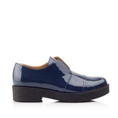KACHOROVSKA / fall 2016 dark-blue-patent-leather derby shoes http://kachorovska.com/catalog/zh-nkam/vzuttya/ankle-boots/