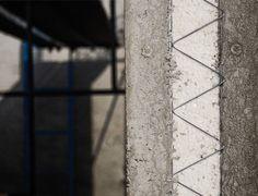 Termomuro de Melón es una solución estructural con propiedades térmicas pionera en Chile. Fue creada en conjunto por Melón, Paneles Covintec y Encofrados Peri, tres empresas especialistas que utilizaron tecnología avanzada para lograr la solución en aislación térmica más eficiente conocida hasta hoy.