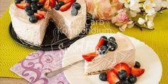 Erdbeer-Käsekuchen Low Carb ohne Backen - Frisch, sahnig und fruchtig. Ein traumhafter Käsekuchen ganz ohne Backen schnell gezaubert.