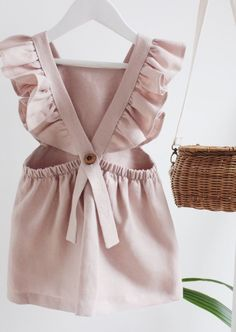 Make your young one look like a ballet of these lovely and bright baby girl dresses. baby girl dresses to sew Baby Girl Dresses, Little Dresses, Baby Outfits, Toddler Outfits, Kids Outfits, Dress Girl, Toddler Dress, Baby Girls, Baby Girl Fashion