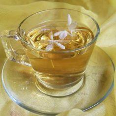 How to overcame stress with jasmine tea | giverecipe.com | #tea #stress #jasmine