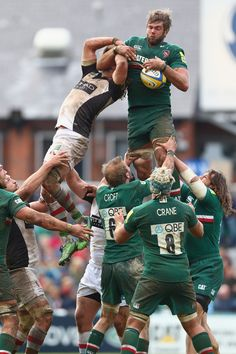Leicester Tigers in action.