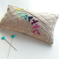 Kelly from Jeliquilts, pincushion