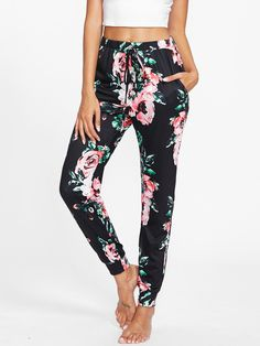 Long Drawstring Waist, Elastic Waist. Tapered/Carrot Decorated with Drawstring. Skinny fit. High Waist. Floral design. Trend of Spring-2018, Fall-2018. Designed in Multicolor. Fabric has no stretch.