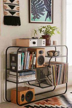 Idée étagère noire de design minimaliste