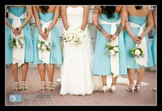 Bride & Bridesmaids -  Wedding Day Shoot Ideas