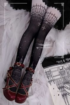 Gothic Fashion 286893438750202680 - Red Maria -The Snowy Church- Gothic Lolita Tights Source by Kawaii Fashion, Cute Fashion, Emo Fashion, Rock Fashion, Moda Lolita, Gothic Mode, Outfit Online, Kleidung Design, Old Fashion Dresses