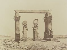 1849-1850 - Kardassy : temple ruiné. Photographe : Maxime Du Camp