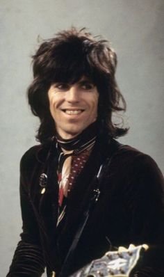 Keith Richards, guitarist with the Rolling Stones, pictured as the band was filmed at the LWT (London Weekend Television) studios in London. Rolling Stones Concert, Los Rolling Stones, Like A Rolling Stone, Rock Star Hair, Rollin Stones, British Rock, Moves Like Jagger, Rock Legends, Mick Jagger