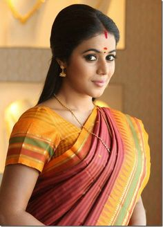 Married Woman, Latest Images, Indian Celebrities, South Indian Actress, Indian Beauty Saree, Orange Dress, Beautiful Actresses, Indian Wear, Traditional Outfits