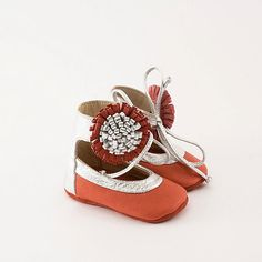 TOO CUTE!!..... Handmade metallic and coral baby shoes