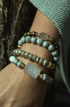 Iridescent African recycled glass contrasts the ancient Tibetan pearl mantra beads to create a perfectly balanced bracelet for your everyday look. A simple y yoga jewelry to wear. Boho Jewelry, Jewelry Crafts, Beaded Jewelry, Jewelry Bracelets, Jewelry Accessories, Jewelry Design, Bangles, Pandora Bracelets, Diy Schmuck