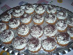 Mascarponés csúcsok Muffin, Breakfast, Food, Morning Coffee, Essen, Muffins, Meals, Cupcakes, Yemek