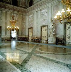 Palácio Real de Caserta - SkyscraperCity