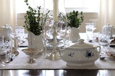 This table scape is just perfect in everyway!