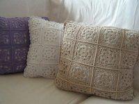 ř: do základního kroužku z 5 řetízkových ok vháčkujeme 12 KS ř: 24 DS ř: 6 ŘO, KS p. Crochet Pillow, Crochet Blankets, Crochet Patterns, Crochet Tutorials, Throw Pillows, Bed, Inspiration, Xmas, Plaid