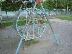 箱ブランコ Showa Period, Good Old, Pretty Pictures, Childhood Memories, Playground, Kawaii, Japanese, Entertaining, Children