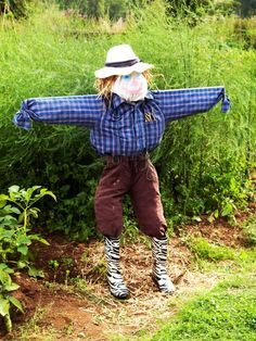 Whether it's for decoration or to chase away birds from your garden, a scarecrow is a lot of fun to make using old clothes and a bit of creativity.