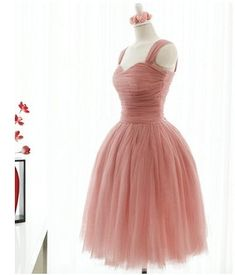 Custom Vintage Tulle Dress Bridesmaids Dress Knee by sheprom, $88.33  such a great dress for bridesmaids