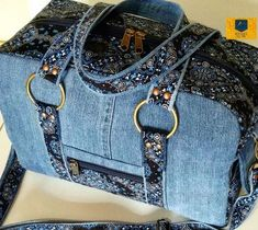 Handmade Handbag for women, denim, blue jeans handbag, cats - diy no sew recycled denim dog toys – Artofit Fabric Tote Bags, Denim Tote Bags, Denim Handbags, Denim Bags From Jeans, Diy Jeans, Mochila Jeans, Diy Bags Purses, Denim Ideas, Denim Crafts