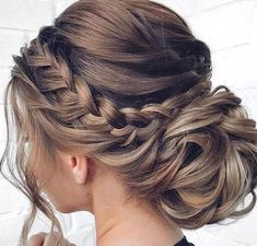 81 Mother Of The Bride Hairstyles Hairstyles 81 Mother Of The Bride Hairstyles Chic Hairstyles, Elegant Hairstyles, Pretty Hairstyles, Hairstyles For Long Hair Prom, Mother Of The Bride Hairstyles, Best Wedding Hairstyles, Elegant Wedding Hair, Wedding Hair And Makeup, Bride Makeup